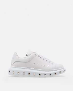 Oversized sneaker with  studs
