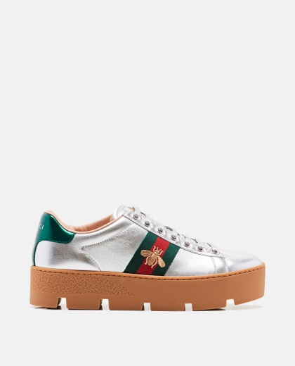 Ace woman sneaker embroidered with plateau