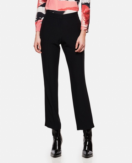 Pants with tailoring sideband