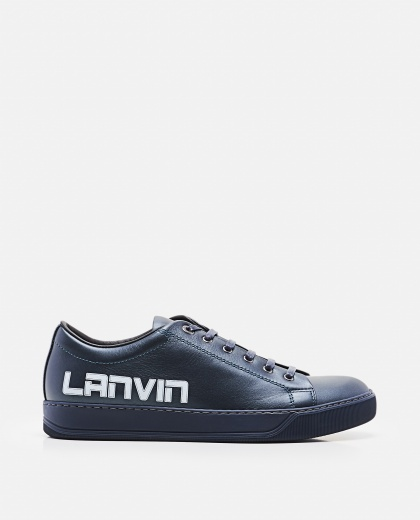 Low top logo sneakers