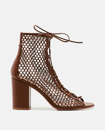 Ankle boots in mesh and leather