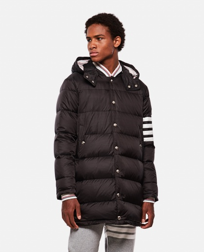 Down jacket with stripes