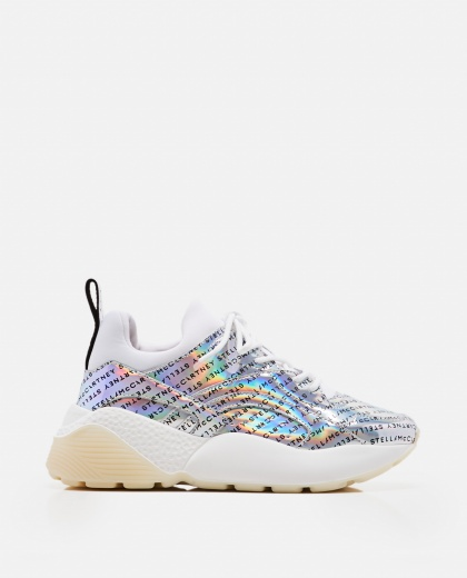 Sneaker with holographic effect