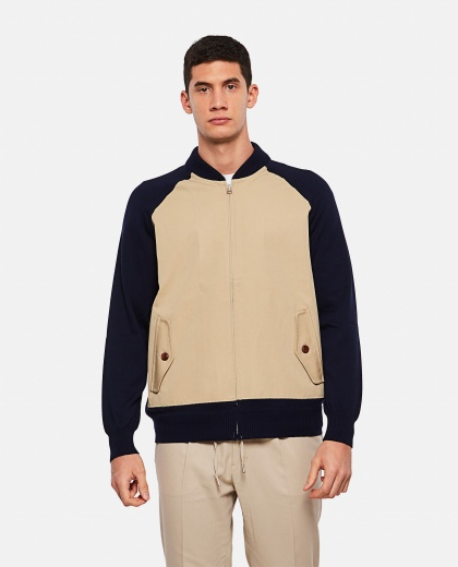 Jacket with raglan sleeves