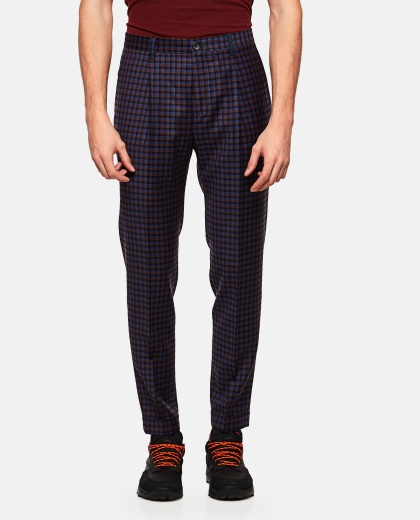 Pleated cotton and linen plaid trousers