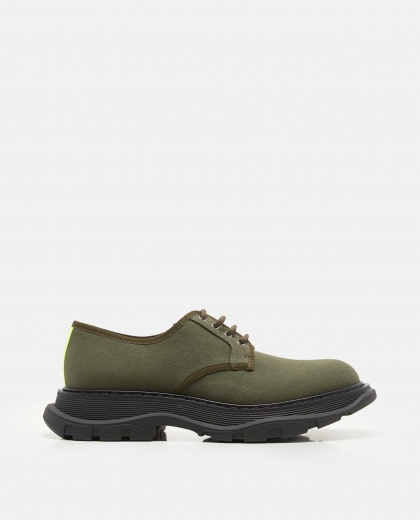 Derby Shoe With Tread