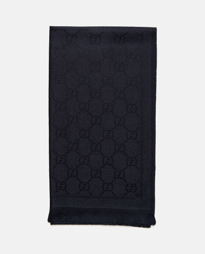 Knitted scarf with GG jacquard motif