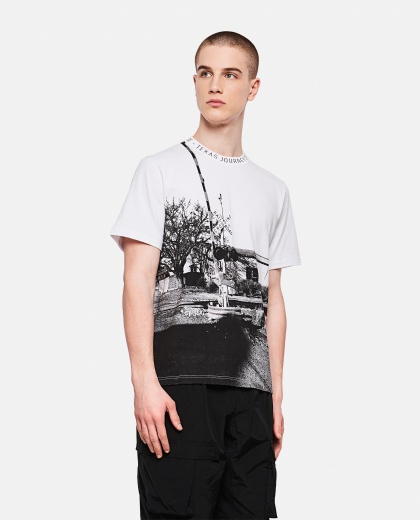 Golden white T-shirt with photograph print