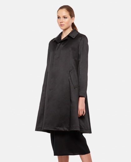 Duster coat with classic collar